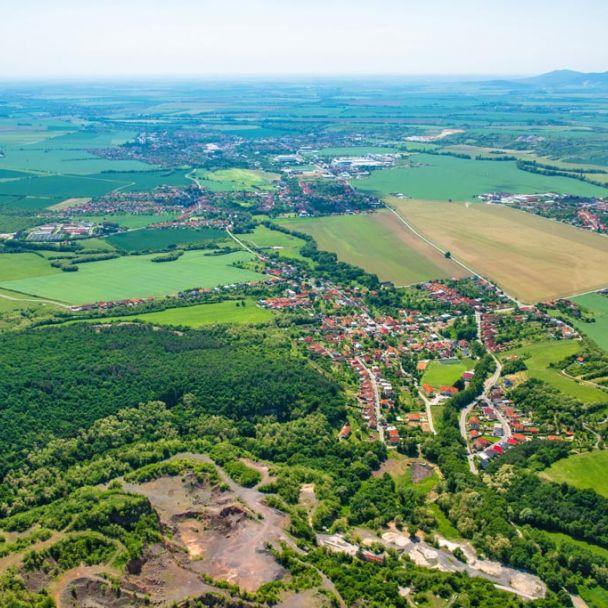 Obec Machulince z vtáčej perspektívy